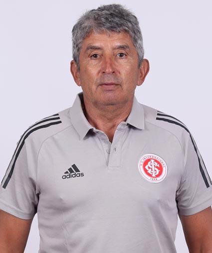 Élio Carravetta