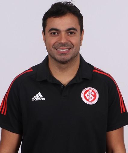 Marcos Vinícius (Bigode)